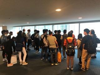 羽田空港に到着し、解散